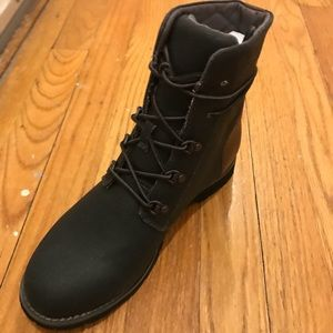 ce9a4bf2028b21 The North Face Shoes - WOMEN S BALLARD LACE II COATED CANVAS